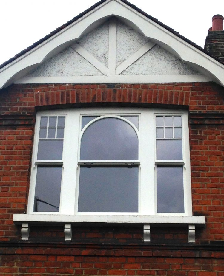 Gallery Image: External View of Triple Sash Box /w Corner Lights