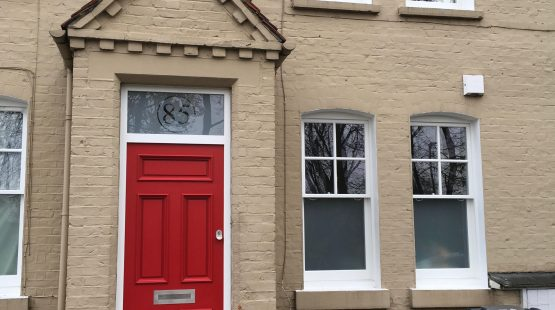 Gallery: Traditional Front Door /w Clear Number in Satin Fanlight