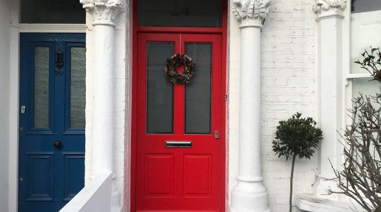 Gallery Image: Traditional Front Door /w Satin Glass Fanlight & Etched House Number