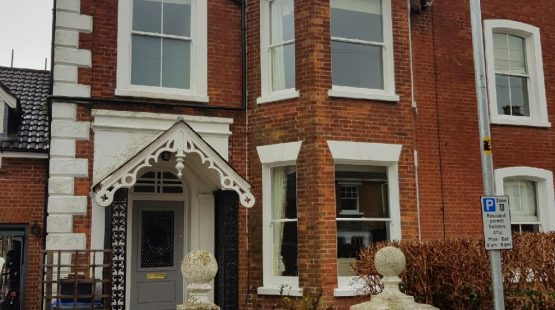 Gallery Image: Front Facade of Victorian Terraced Property in Salisbury