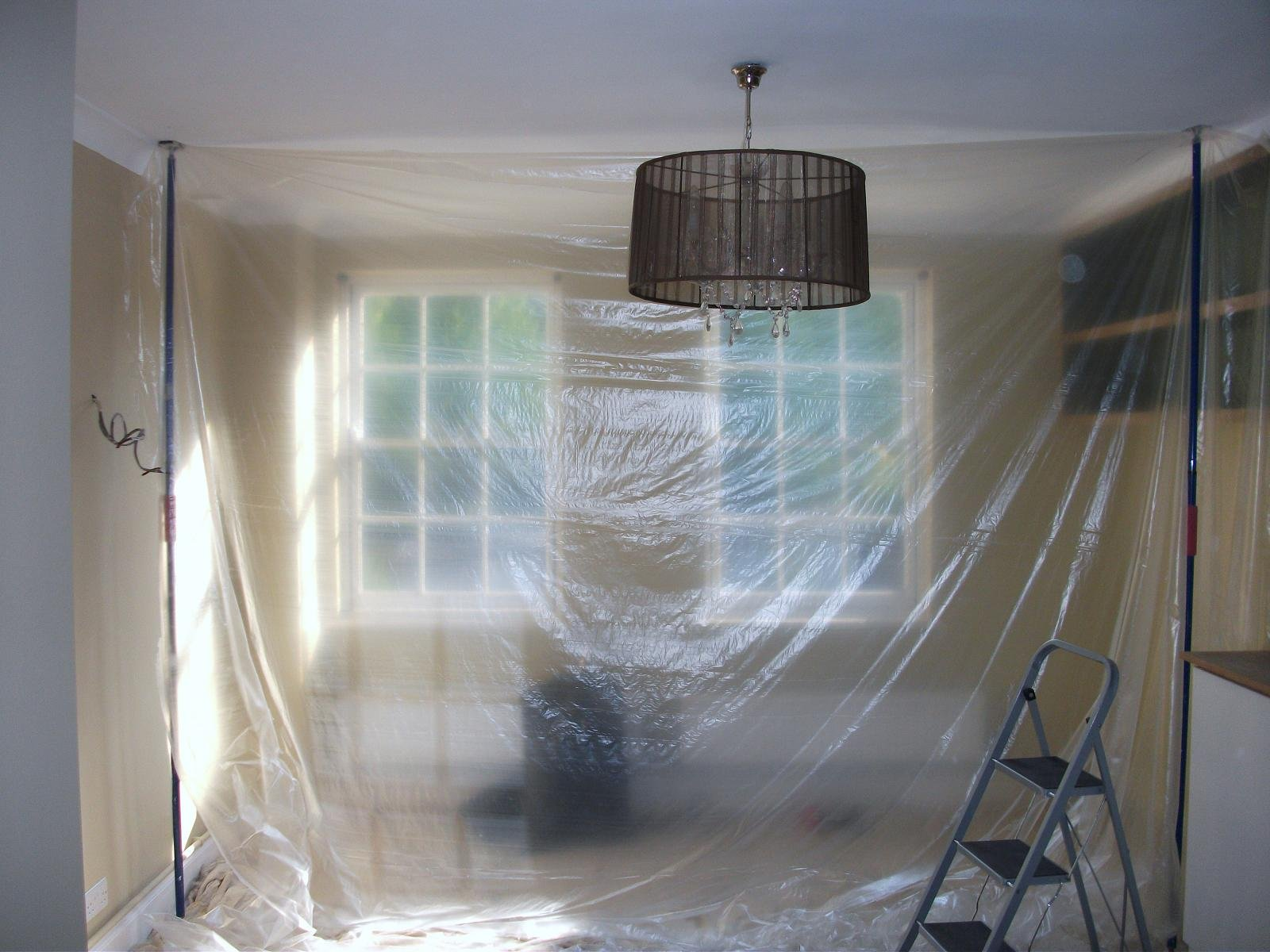 Plastic sheets for dust protection