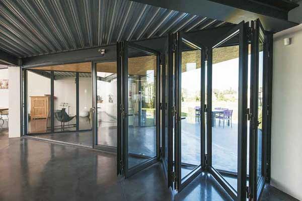 bifold doors five leaf
