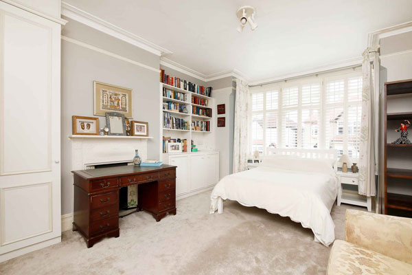 casement windows and shutters in bedroom in leytonstone e11