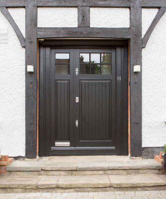 door with side lights