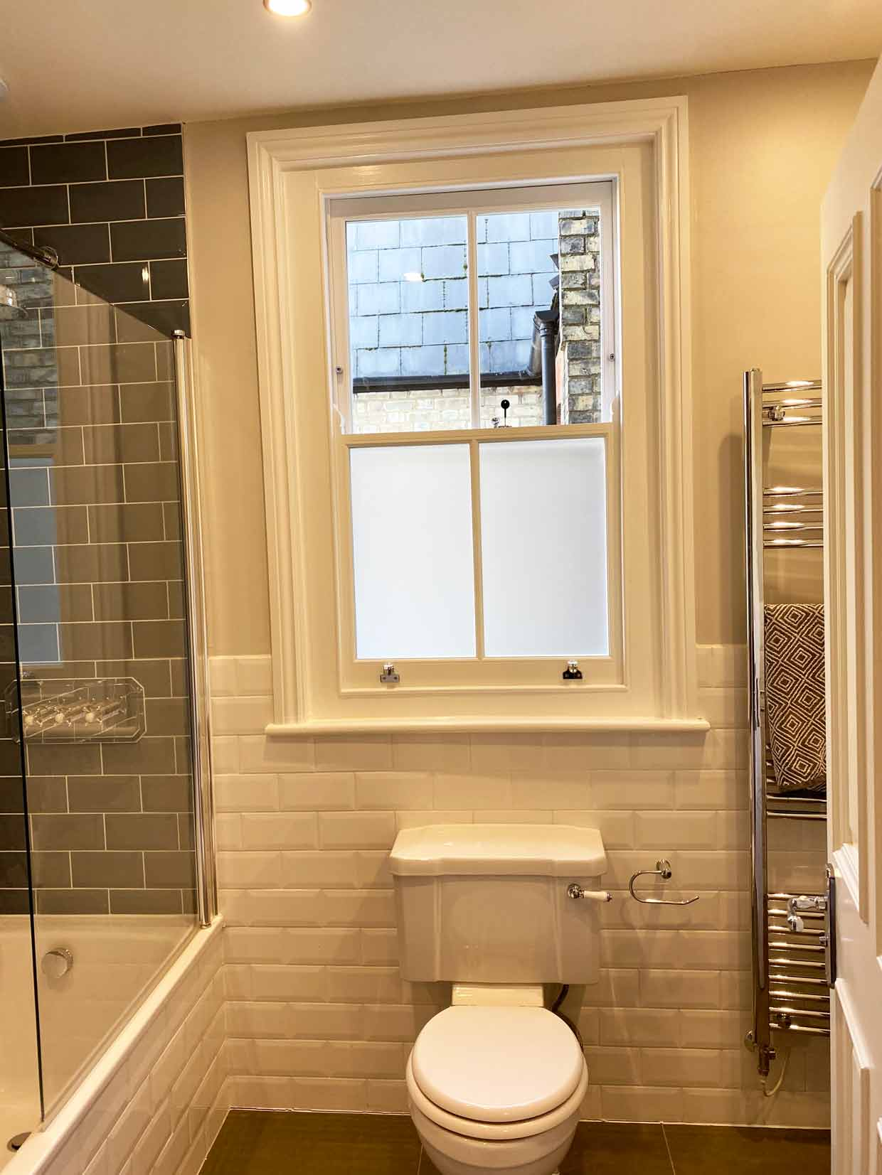 bathroom-sash-window-with-satin-glass-haringey