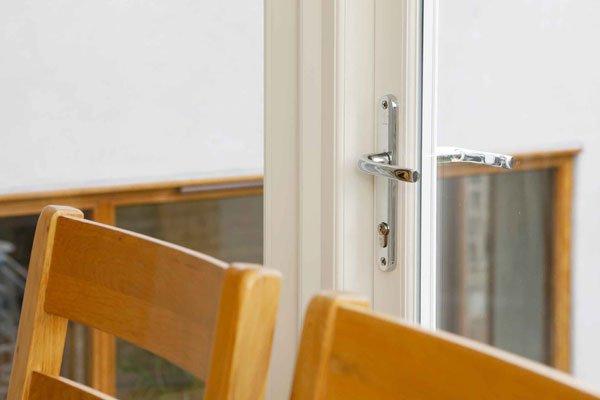 timber casement windows locking system
